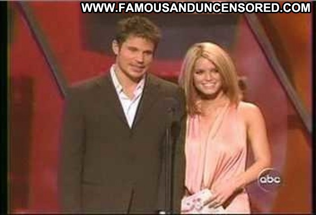 Jessica Simpson American Music Awards Nipples Bra Breasts Celebrity