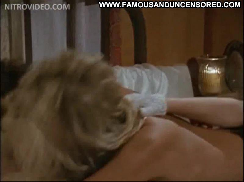 Amber newman amp lina romay lesbian striptease scene 1