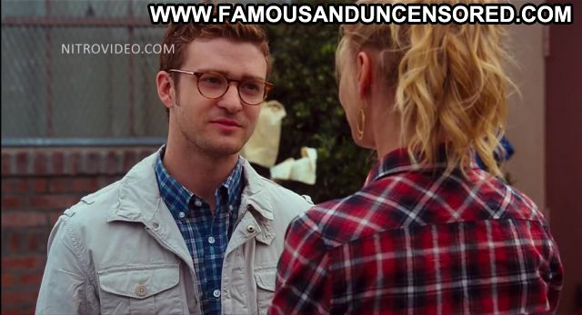 Cameron Diaz Bad Teacher Car Wash Beautiful Doll Famous Sexy
