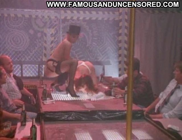 Lisa Boyle No Source Celebrity Pole Dance Famous Big Tits Tits Asian