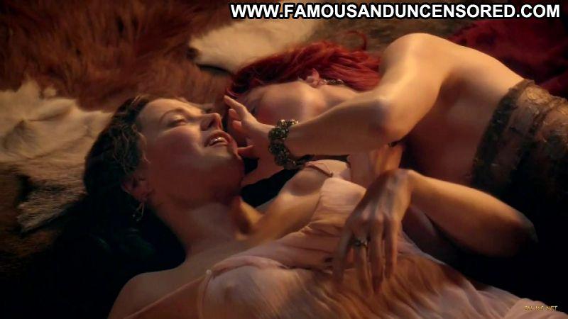 Jaime murray lesbian