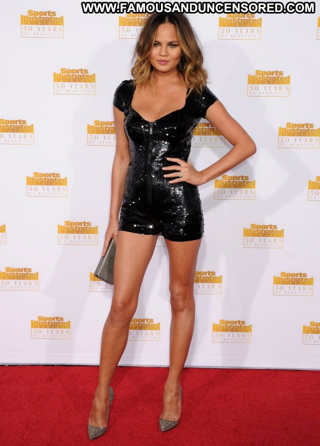 Chrissy Teigen No Source Famous Posing Hot Sexy Celebrity Blonde Hot