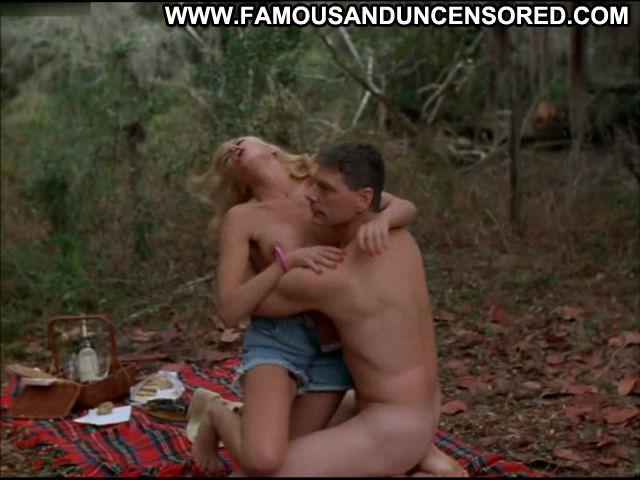 Kari Wuhrer Nude Sexy Scene An Occasional Hell Woods Blonde