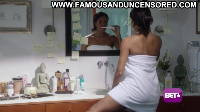 Gabrielle Union Nude Sexy Scene Being Mary Jane Bathroom Hot