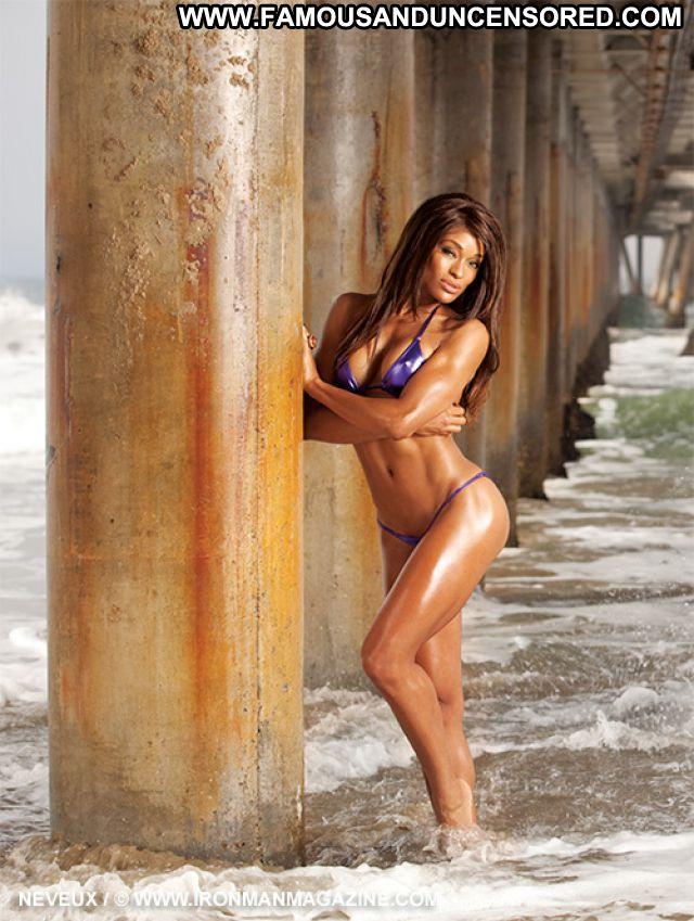 Alicia Marie No Source Celebrity Fitness Posing Hot Famous Ebony