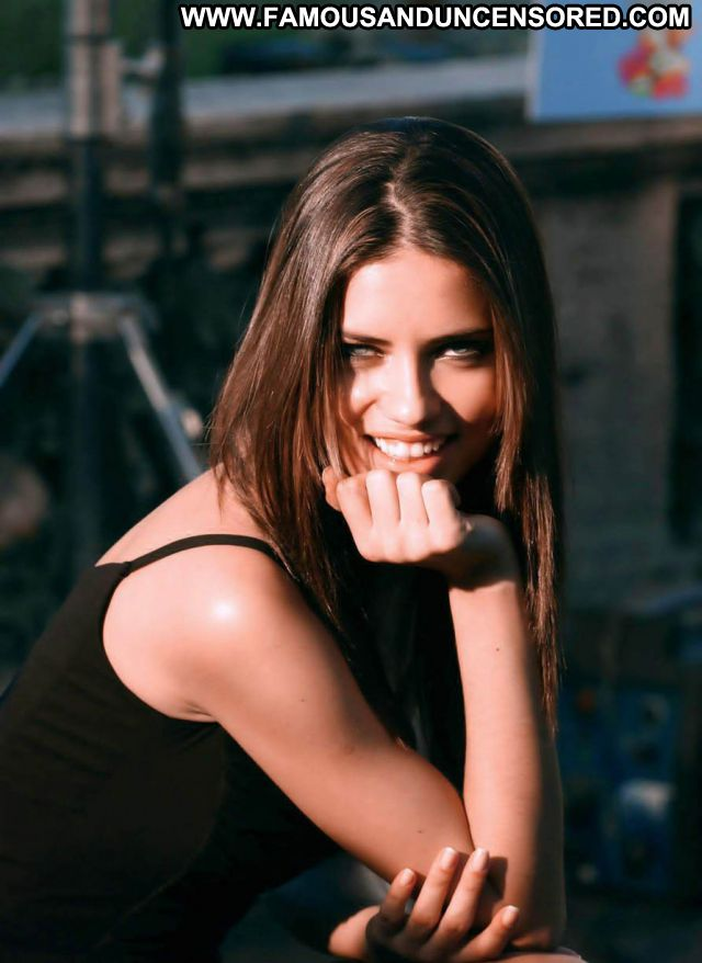 Adriana Lima No Source  Celebrity Sexy Latina Famous Posing Hot