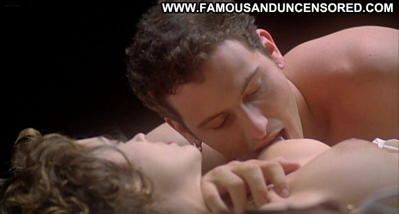 Sex scene embrace of the vampire