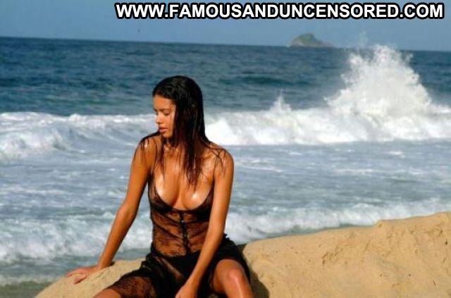 Adriana Lima No Source Famous Brazil Posing Hot Hot Latina Celebrity
