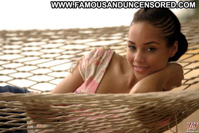 Alicia Keys No Source Celebrity Singer Posing Hot Celebrity Babe
