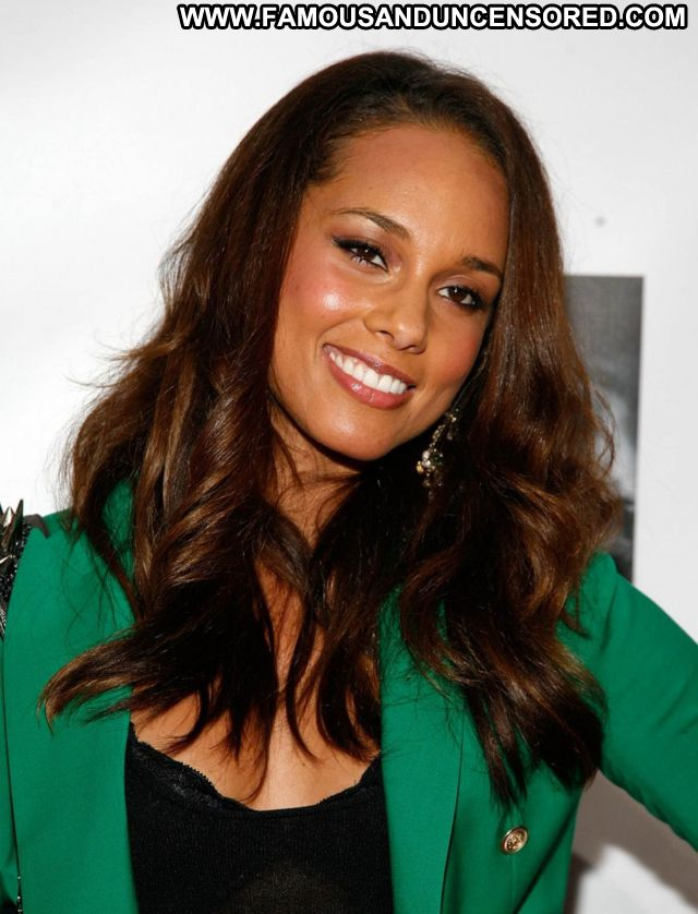 Alicia Keys No Source Singer Ebony Celebrity Celebrity Babe Famous