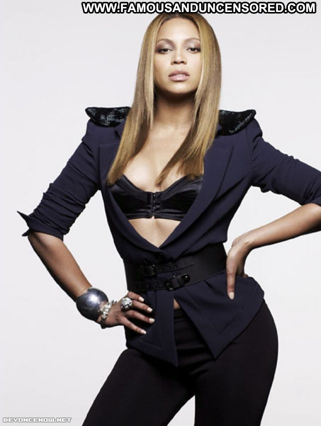Beyonce Knowles No Source Celebrity Posing Hot Hot Babe Ebony Singer