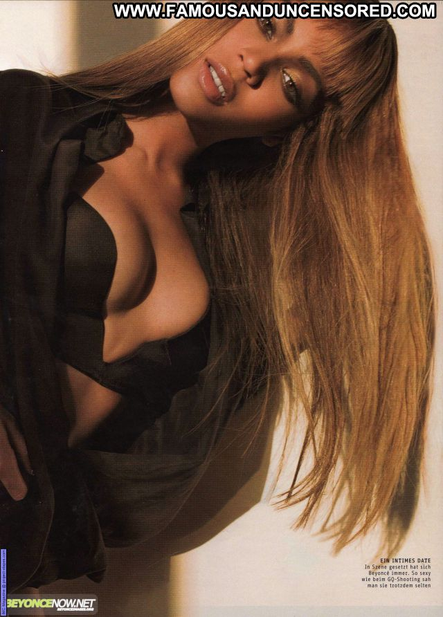 Beyonce Knowles No Source Posing Hot Celebrity Singer Babe Posing Hot