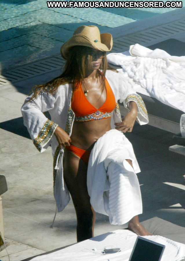 Beyonce Knowles No Source  Singer Celebrity Hot Cute Babe Famous