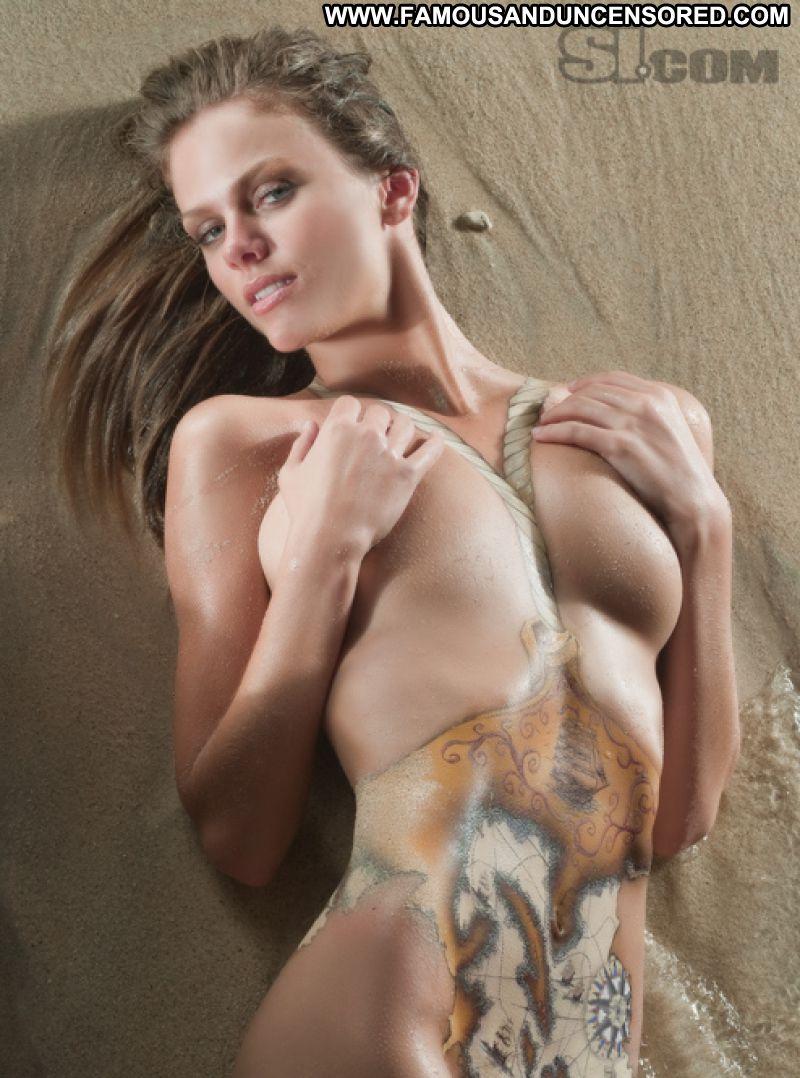 famous nude blonde women