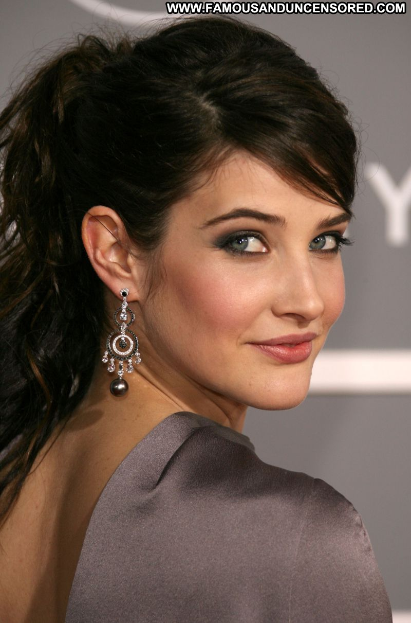 cobie smulders | fashion in the world