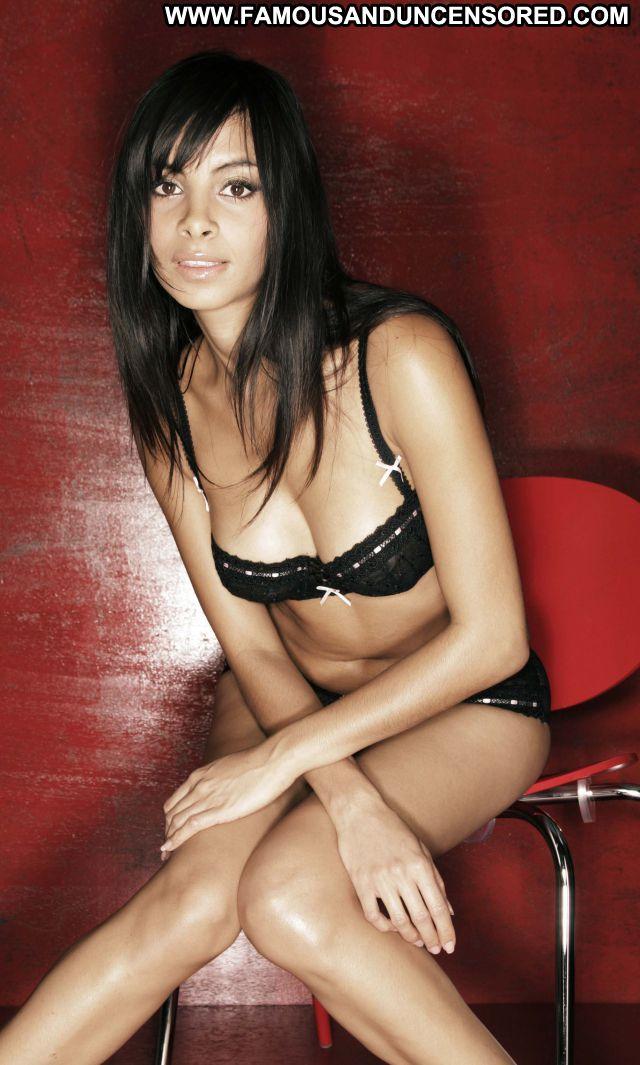 Collien Fernandes No Source Cute Brunette Latina Lingerie Celebrity