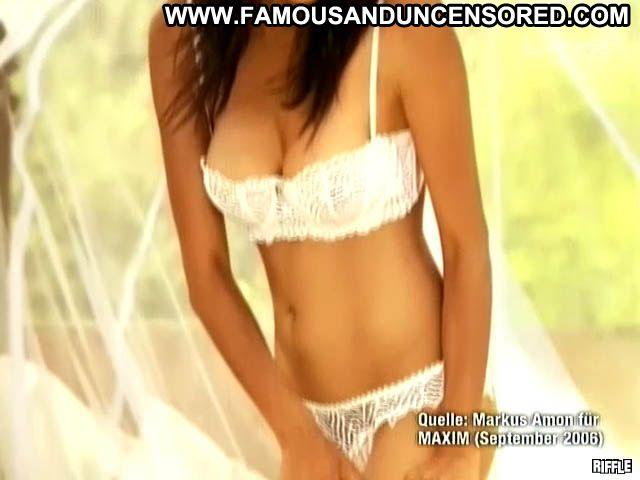 Collien Fernandes No Source  Cute Babe Brunette Celebrity Posing Hot