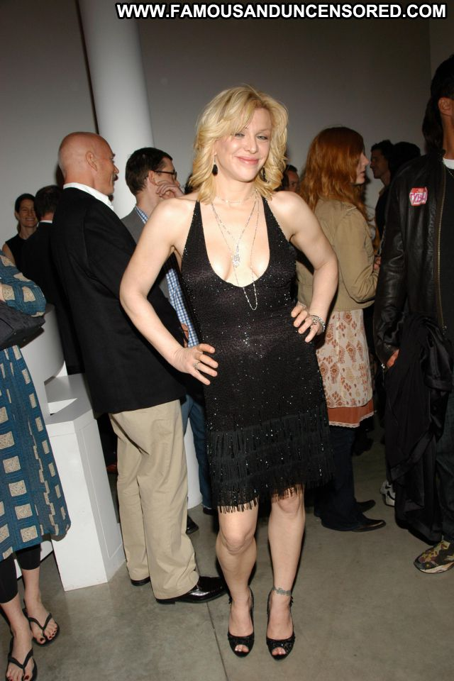 Courtney Love No Source Cute Babe Famous Hot Posing Hot Celebrity