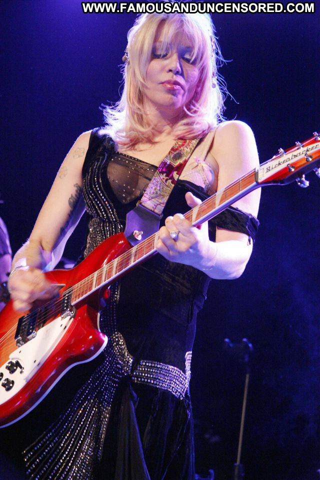 Courtney Love Guitar Singer Blonde Showing Tits Doll Actress