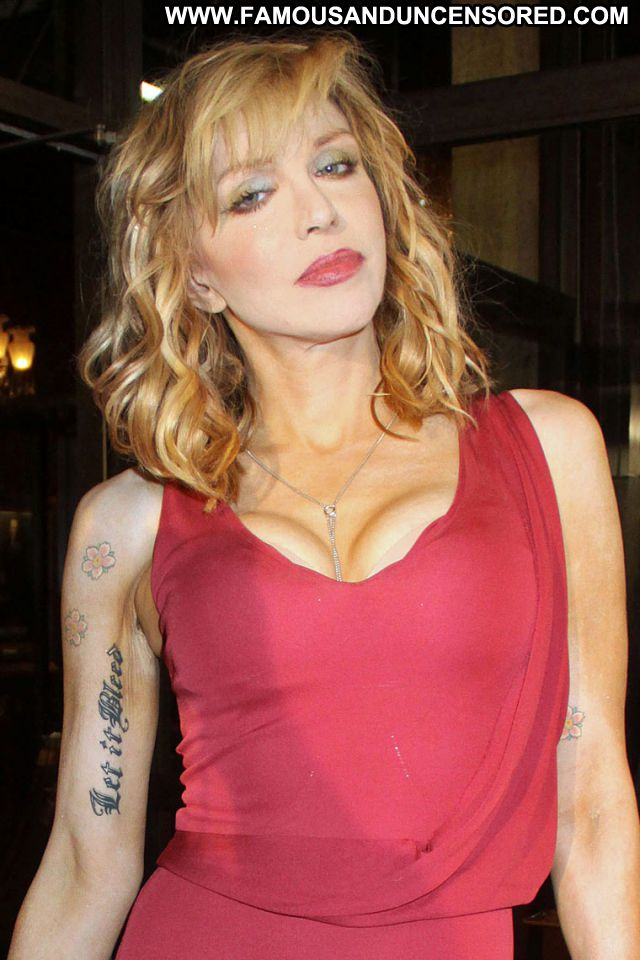 Courtney Love No Source Sexy Dress Singer Showing Tits Cute