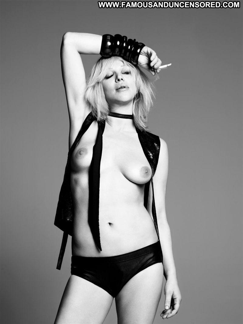 Courtney Love Celebrity Posing Hot Babe Blonde Celebrity -9706