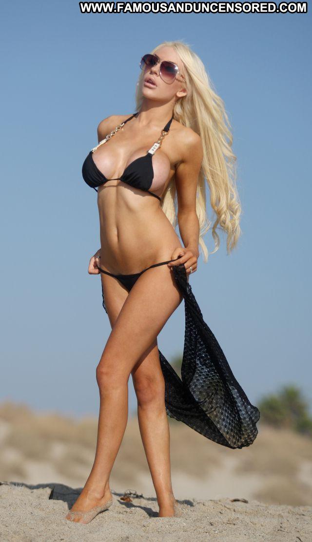 Courtney Stodden Nude Sexy Scene Huge Tits Beach Bikini Cute