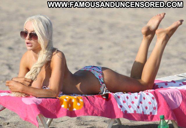 Courtney Stodden Huge Tits Beach Bikini Beautiful Female Hot