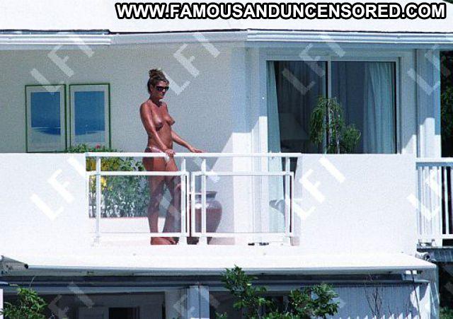 Daisy Fuentes No Source Posing Hot Beach Cute Topless Babe Bikini