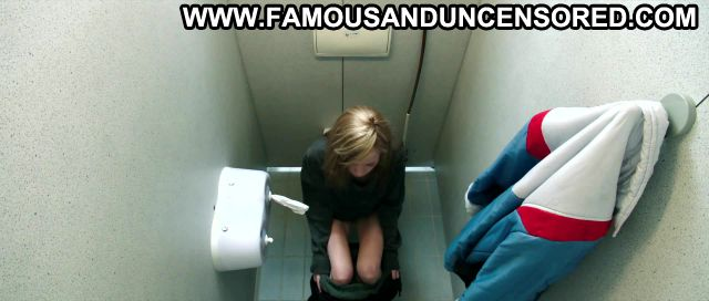 Antonia Campbell Hughes 3096 Tage Peeing Small Ass Bathroom