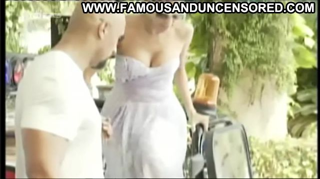 Eva Mendes Nude Sexy Scene Showing Cleavage Sexy Dress Horny