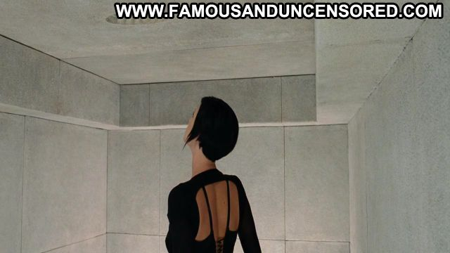 Charlize Theron Aeon Flux Famous Posing Hot Sexy Scene Nude