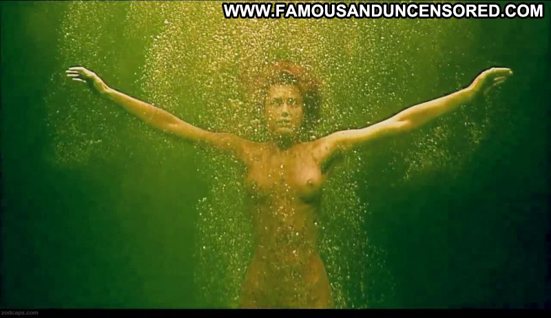 Rebecca romijn nude scene in rollerball scandalplanet