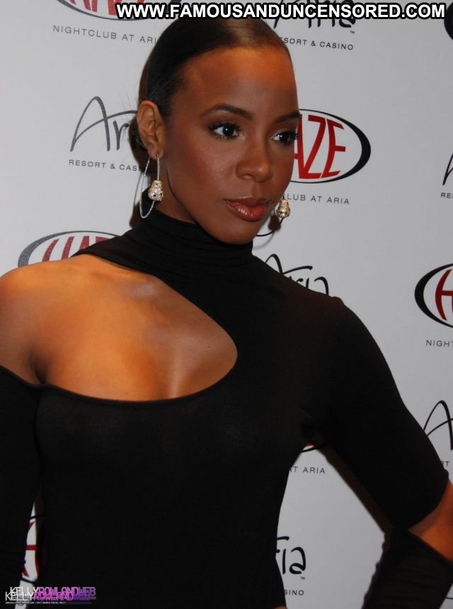 Kelly Rowland No Source Sexy Posing Hot Sexy Dress Famous Hot Babe
