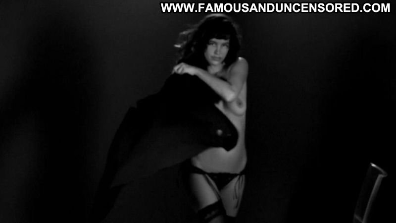 Paz de la huerta nude from the limits of control 2