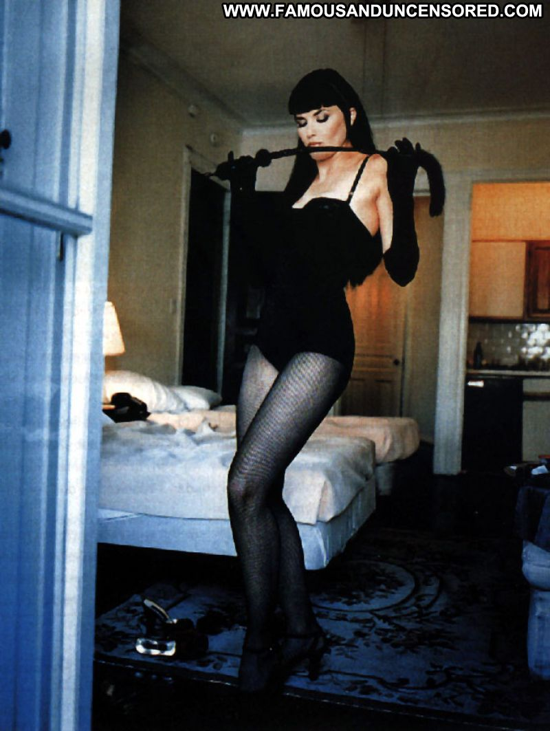 Lucy Lawless No Source Celebrity Posing Hot Babe Celebrity Famous Posing Hot Cute Hot