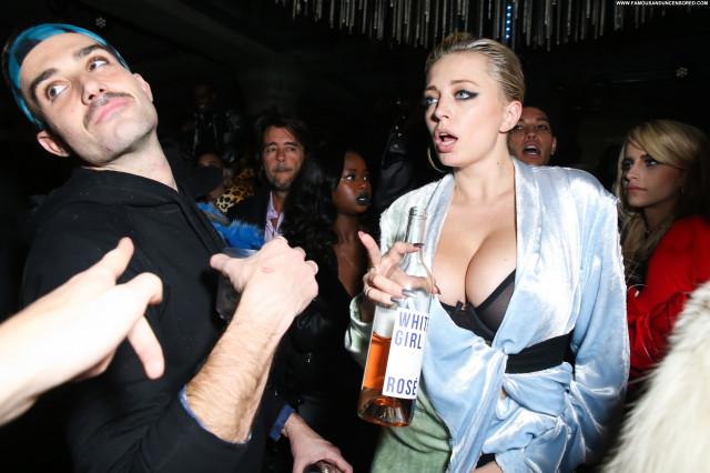 Caroline Vreeland New York Party Celebrity Boobs Big Boobs New York