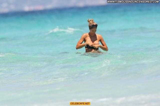 Elena Santarelli The Beach Candids Topless Beautiful Candid Posing