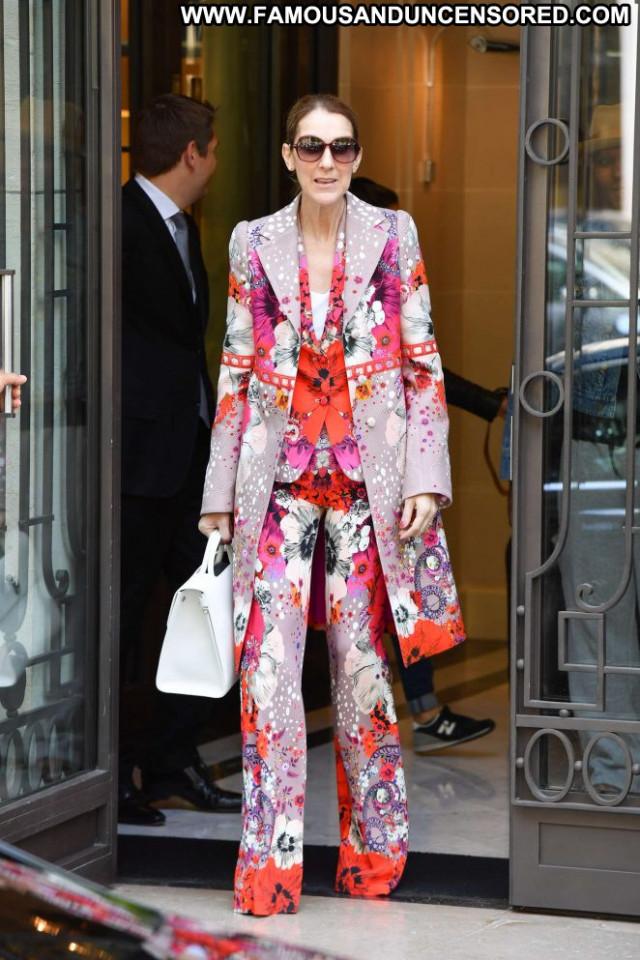 Celine Dion No Source Paparazzi Celebrity Hot Paris Posing Hot