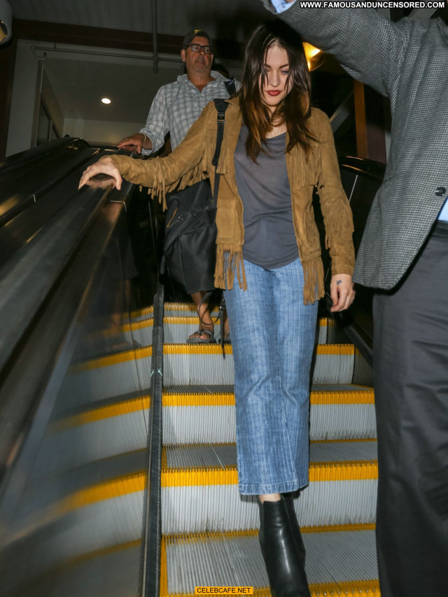 Frances Bean Cobain Lax Airport Lax Airport Celebrity See Through