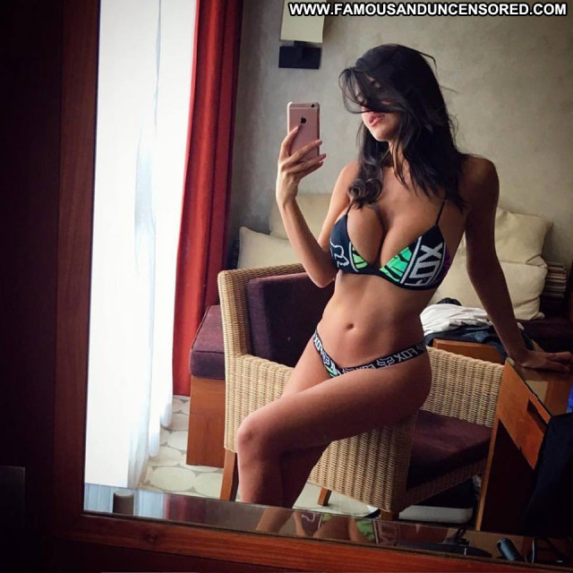 Photos To The Limit Busty Spa Bus Beautiful Brunette Big Tits Spain