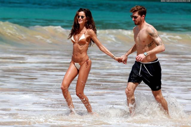 Natalie Jayne Roser No Source Celebrity Bikini Model Big Tits