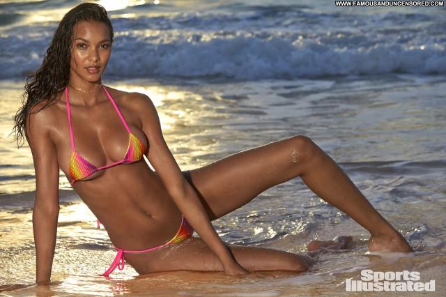 Natalie Jayne Roser Sports Illustrated Swimsuit Adventure Beautiful