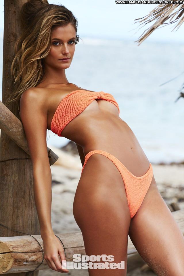 Haley Kalil Sports Illustrated Swimsuit Celebrity Celebrity Sport