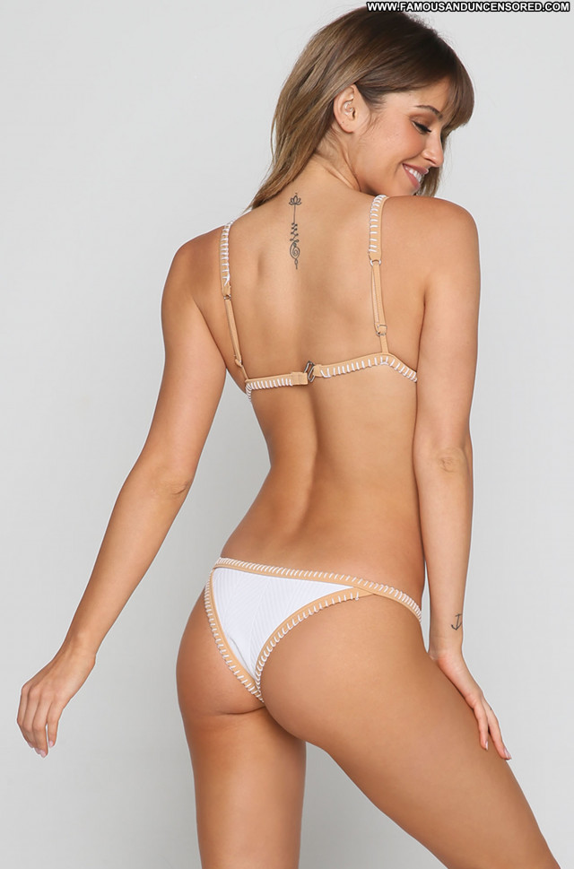 Dakota Blue Richards No Source Winter Busty Babe Celebrity Swimsuit