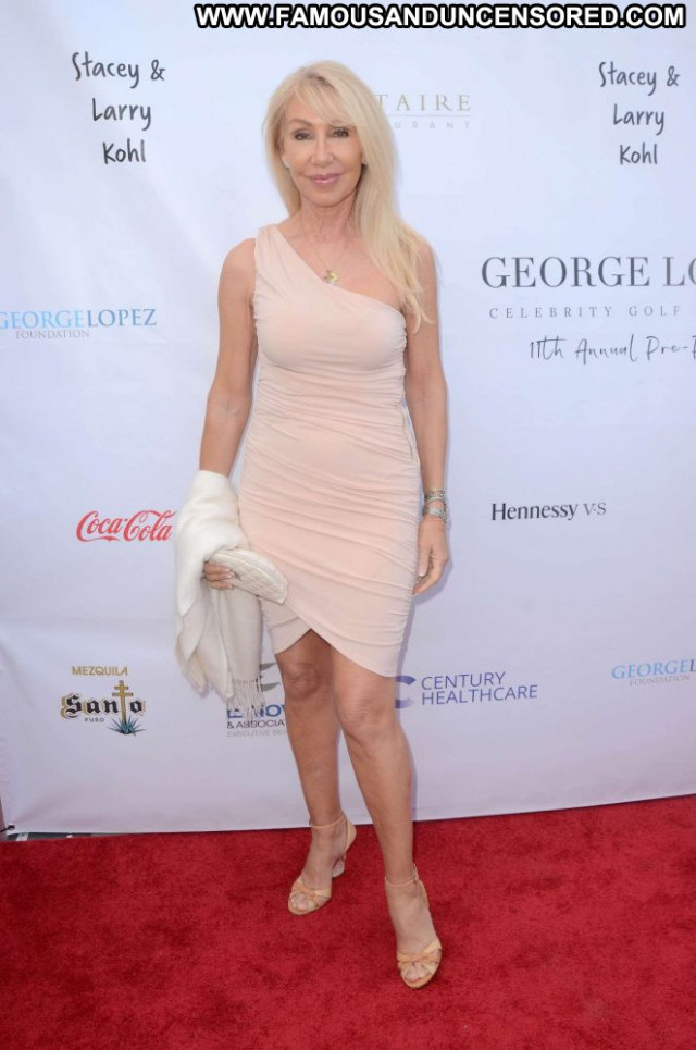 Linda Thompson George Lopez Babe Beautiful Party Posing Hot Paparazzi