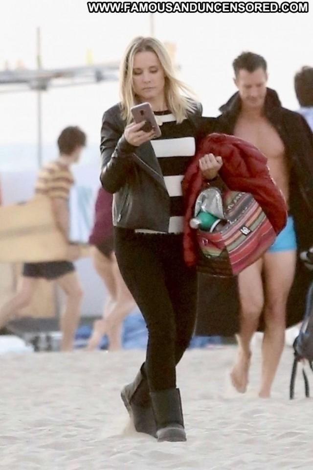 Kristen Bell Veronica Mars Beach Paparazzi Posing Hot Beautiful