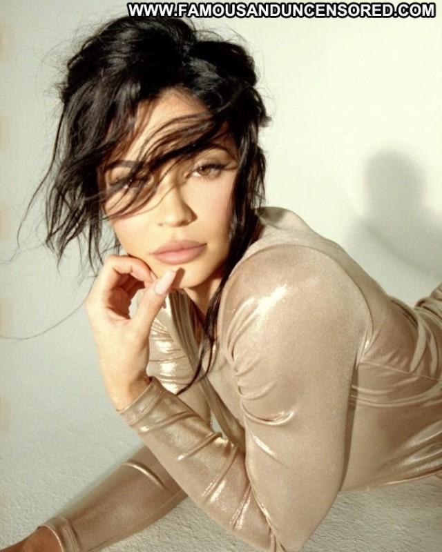 Kylie Jenner No Source Paparazzi Celebrity Babe Posing Hot Photoshoot