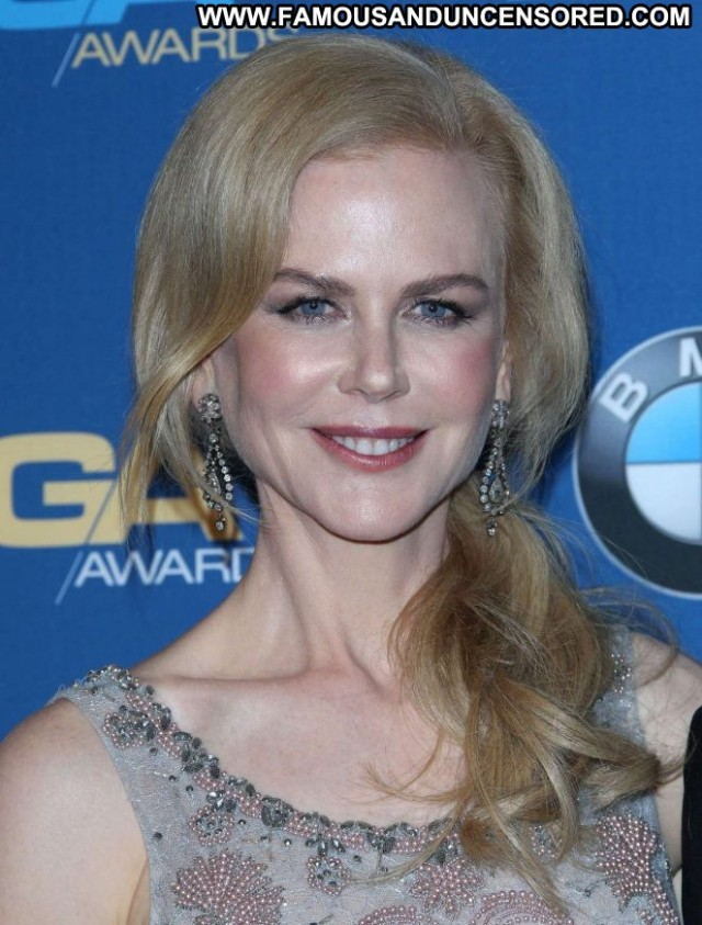 Nicole Kidman Beverly Hills  Paparazzi Awards Babe Posing Hot