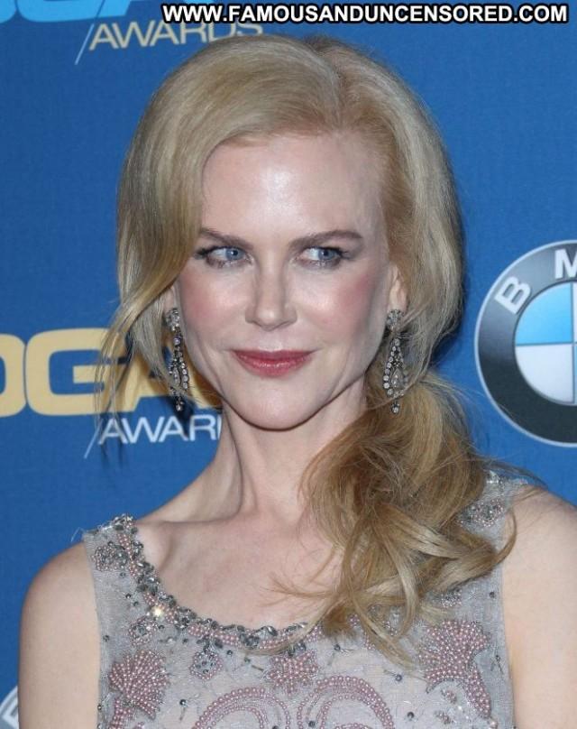 Nicole Kidman Beverly Hills Beautiful Awards Celebrity Posing Hot