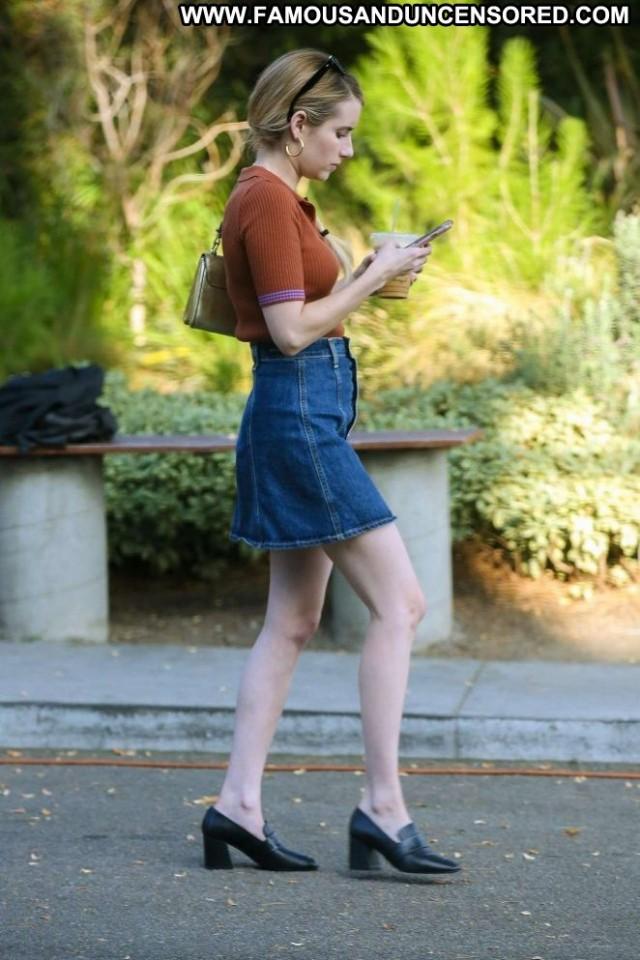 Emma Robert No Source Beautiful Celebrity Paparazzi Babe Posing Hot
